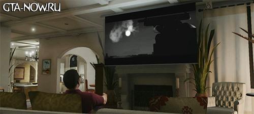 Майкл за просмотром телевизора